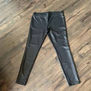 Faux leather leggings // NWT // Express